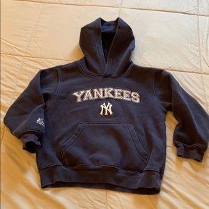 Yankees sweatshirt size 5/6